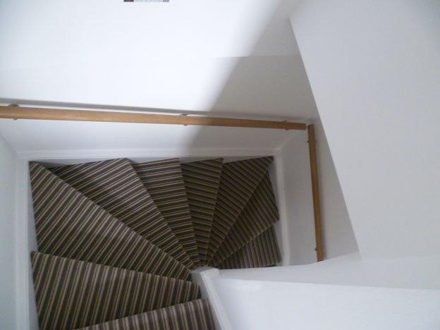 Striped Stairs Contrast Plain Landing Clapham