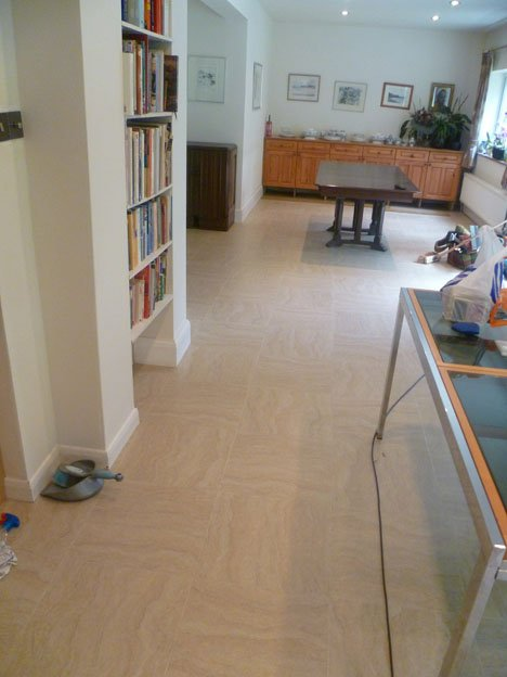 Primer and latex screed Sandstone tiles